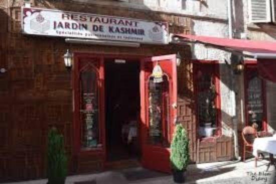 restaurant au jardin du kashmir dans angouleme avec