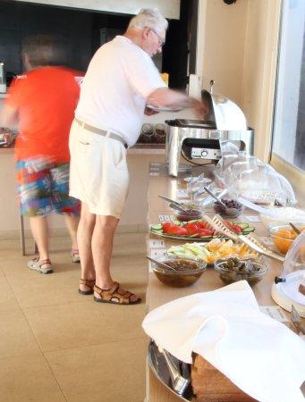 Renieris Hotel: Breakfast