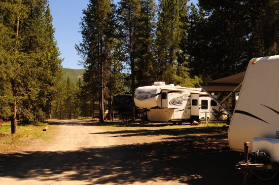 All camper sites are pull through sites picture of for Headwaters cabins gran teton recensioni