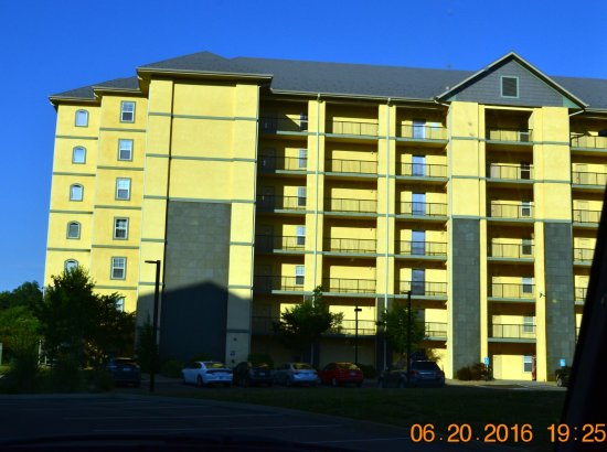 Mountain View Condos at Pigeon Forge: Building 5-#5303 is on the 3rd floor-has an elevator
