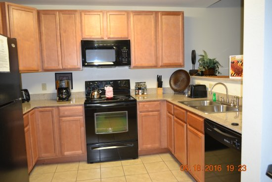 Mountain View Condos at Pigeon Forge: Kitchen