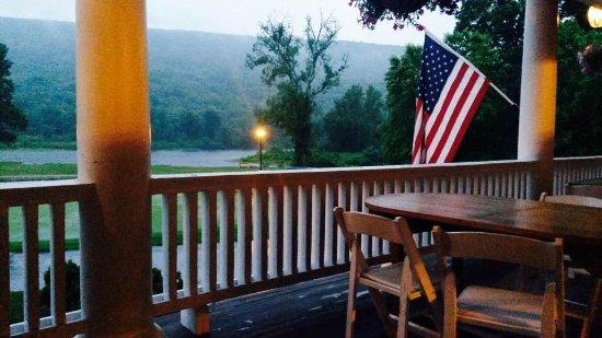 Shawnee on Delaware, Pensilvanya: Porch
