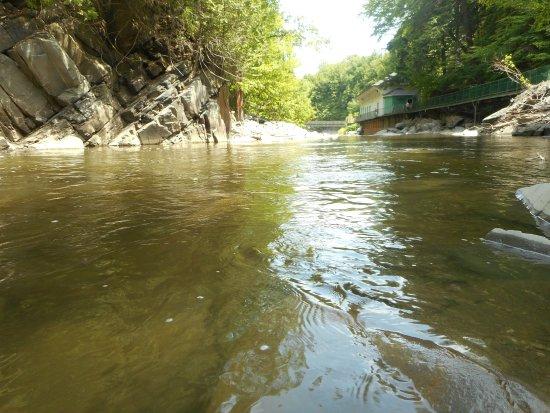 Parc de la Gorge de Coaticook: La rivière