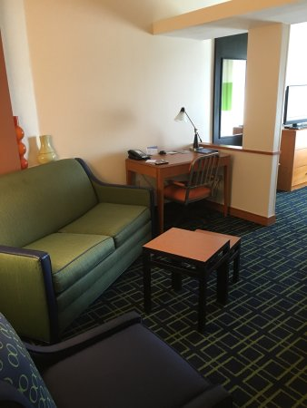 Fairfield Inn & Suites Auburn Opelika: photo2.jpg