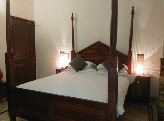 Shanti Home: The Bed
