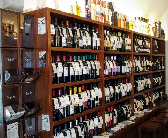 Emporio vini e specialità - Punto diVino: l'enoteca