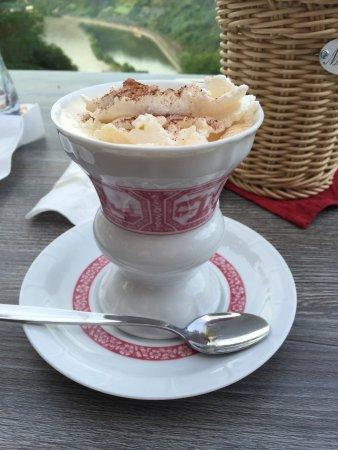 Urbar b Koblenz am Rhein, Tyskland: Rudesheimer Coffee