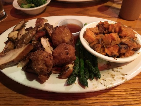 Landrum, SC: Smoked chopped chicken, hush puppies, asparagus, sweet potatoes