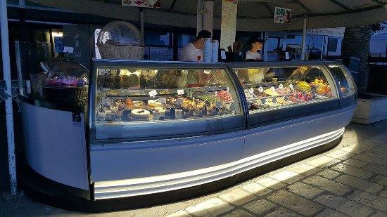 Icy Bar Hvar : The best ice Cream
