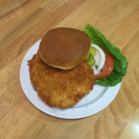Ottumwa, Айова: Our Hand-Breaded Tenderloin!