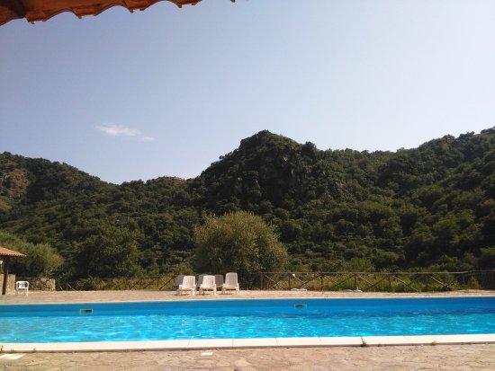 Francavilla di Sicilia, Italia: Environnement naturel reposant