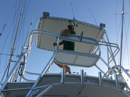 Victory Sport Fishing: Gracias captain!!!