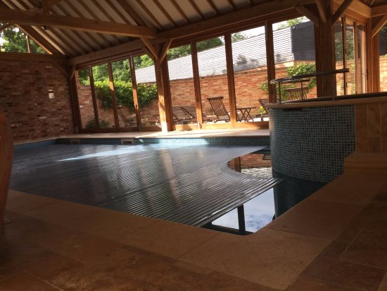 Robertsbridge, UK: Very warm clean indoor pool