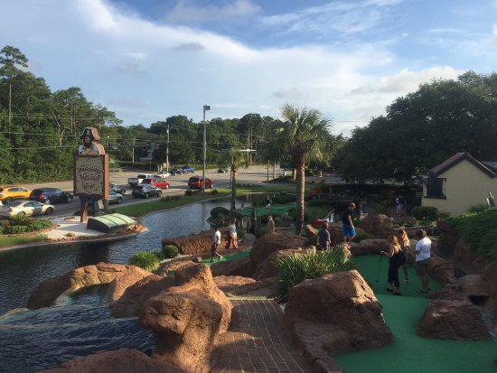 Treasure Island Mini Golf