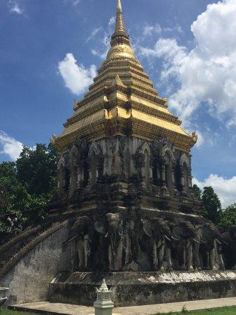 Wat Chiang Man: photo2.jpg