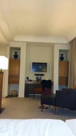 Radisson Blu Hotel, Milan: TA_IMG_20160702_184346_large.jpg