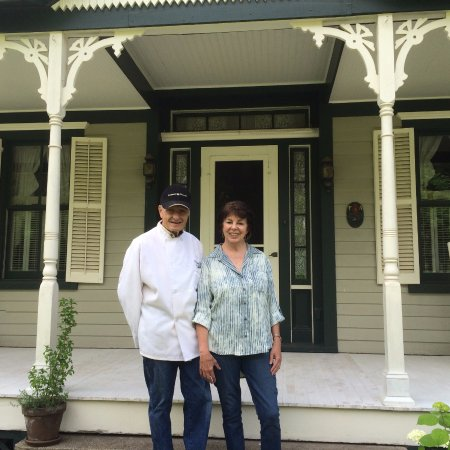 Morgan Century Farm: Your hosts Ken and Linda