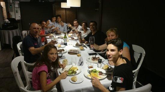 Olaberria, สเปน: Cena grupo