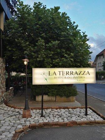 Img 20160630 205934 Large Jpg Photo De Pizzeria Restaurant