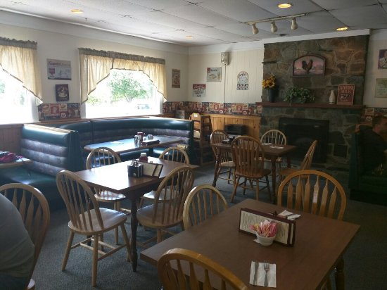 Greenfield, MA: Inside Denny's Pantry