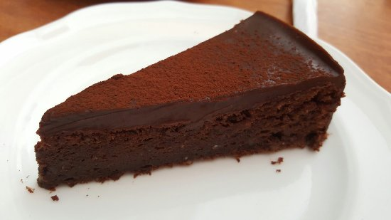Cafe L'Angelique: The best place in Vrsar! You should try chocolate and almond cakes and aperol spritz is also gre