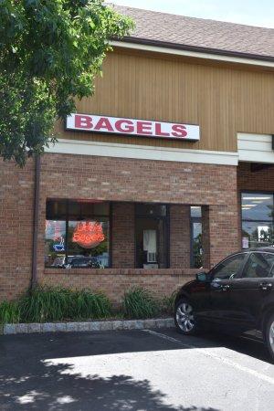 Udo's Bagels