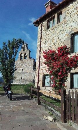 Sobrepeña, España: 20160619_194240_large.jpg