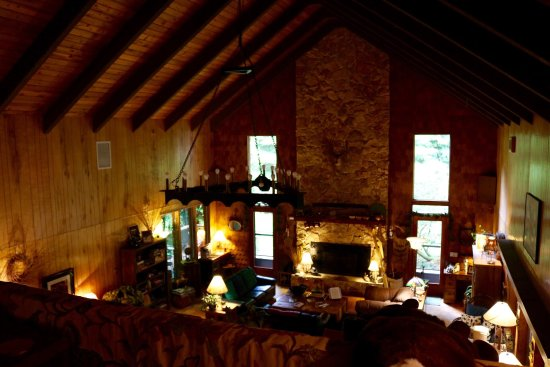 Manitou Lodge Bed and Breakfast: photo4.jpg