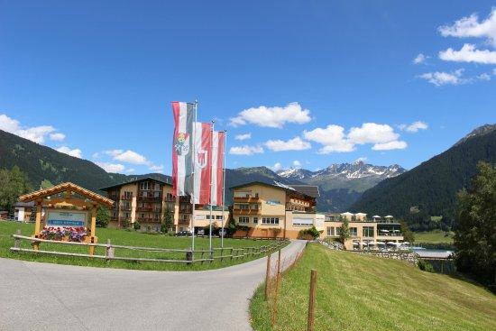 Ferienhotel Fernblick: ここからホテルの入り口に向かいます