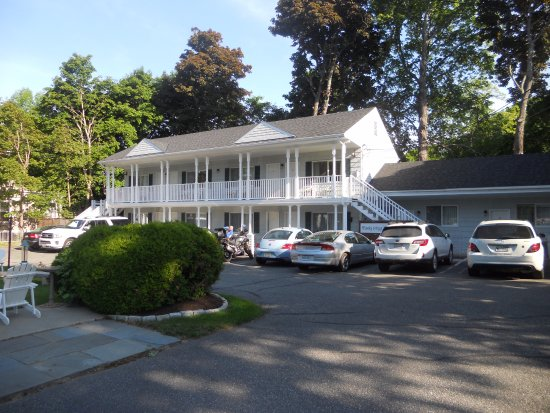 Moseley Cottage Inn and Town Motel: Town Motel
