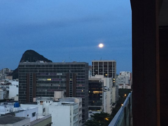 Mar Ipanema Hotel: Sunset rooftop views