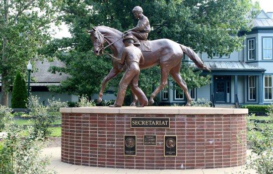 Kentucky Horse Park : Secretariat Statue