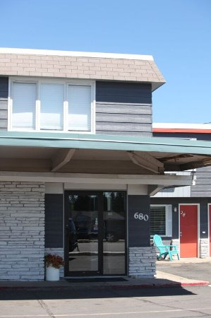 Grand Rapids, Миннесота: Front Entrance