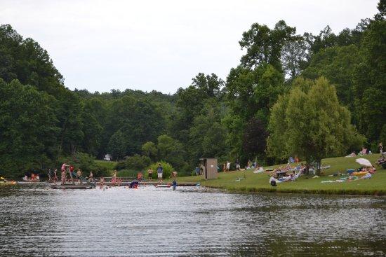 Saluda, Carolina del Norte: Lake View