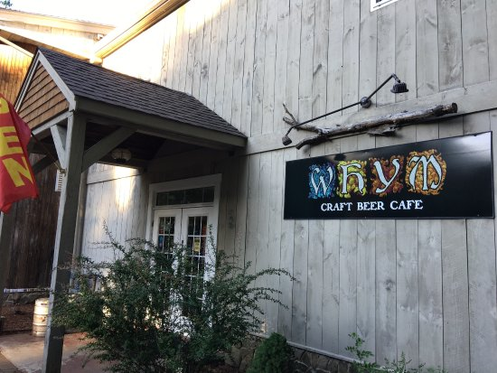 WHYM Craft Beer Cafe: Quiet and relaxing