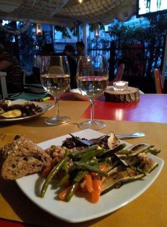 Sant'Egidio alla Vibrata, İtalya: Dejavu Drink & Food
