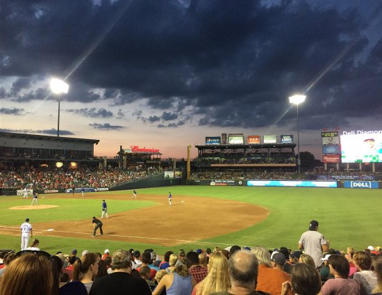 Round Rock Express : Friday Night Fireworks at the Dell Diamond