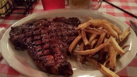 Parker Brother's Trail Dust SteakHouse: T-bone