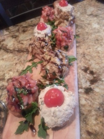 Addison, IL: Mixed Bruschetta - tuna, tomato, & artichoke