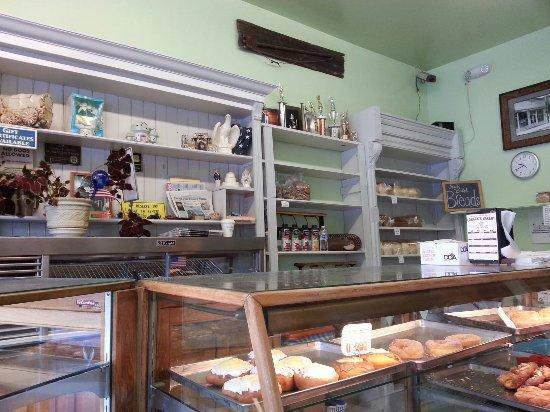 Loback's Bakery: 20160702_094237_large.jpg
