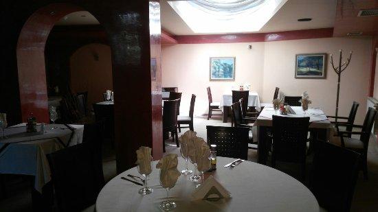 Yambol Province, บัลแกเรีย: Hotel Riverside