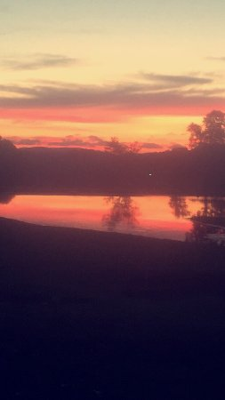 Crumpler, NC: Sunset on the pond