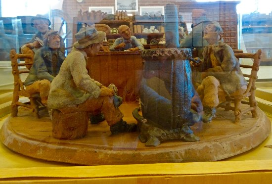 "Kapuskasing, Canada : Clay Figurines, ""The General Store,"" by Maurice Gaudreault"