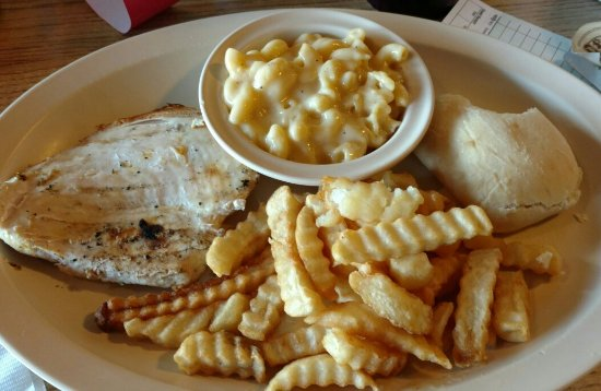 Mount Carmel, IL: Twin Rivers Restaurant