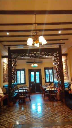 Hotel Puri Photo