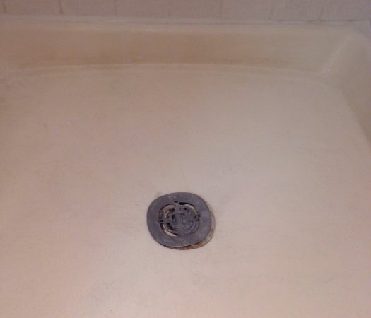 Travelodge Red Bluff : My shower that was broken and did not drain! I was literally standing in inches of shower water