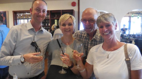 Summerhill Pyramid Winery: Wine Tasting Tour