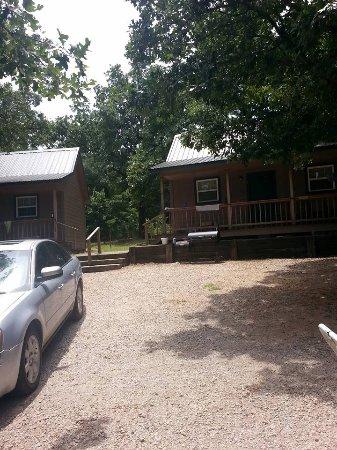 Claxton's Cabins: Cabin 2 &3