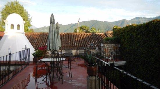 Hotel Meson del Valle: Terraza en la que todo o casi todo está prohibido