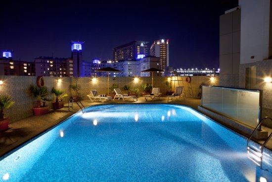 Landmark Hotel Riqqa : Pool